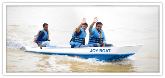 WSSJyoyBoat